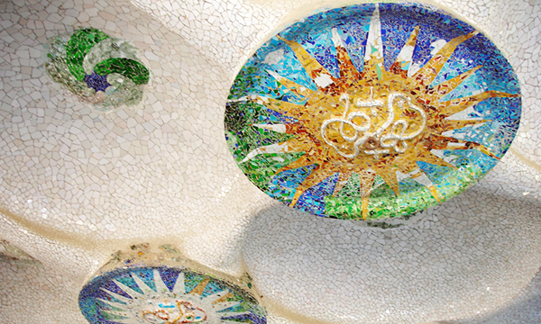 Roof of Parc Güell from Antoni Gaudi must see in Barcelona
